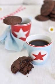 Galletas de doble chocolate y malta (double chocolate and malted cookies)