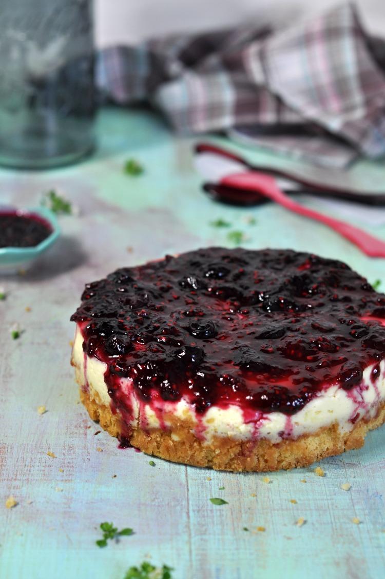 tarta de queso y frutos rojos.jpg