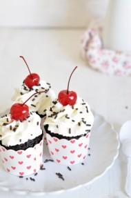 Cupcakes Selva Negra (Black Forest cupcakes)