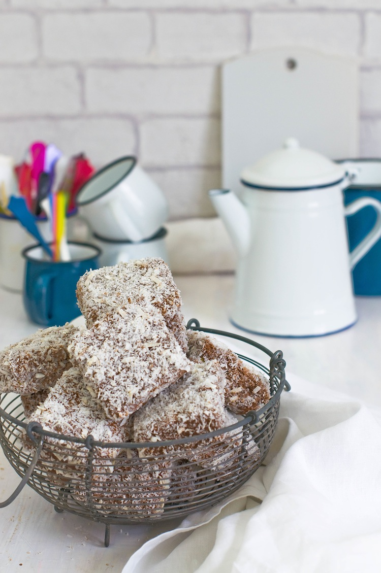lamingtons de chocolate con coco