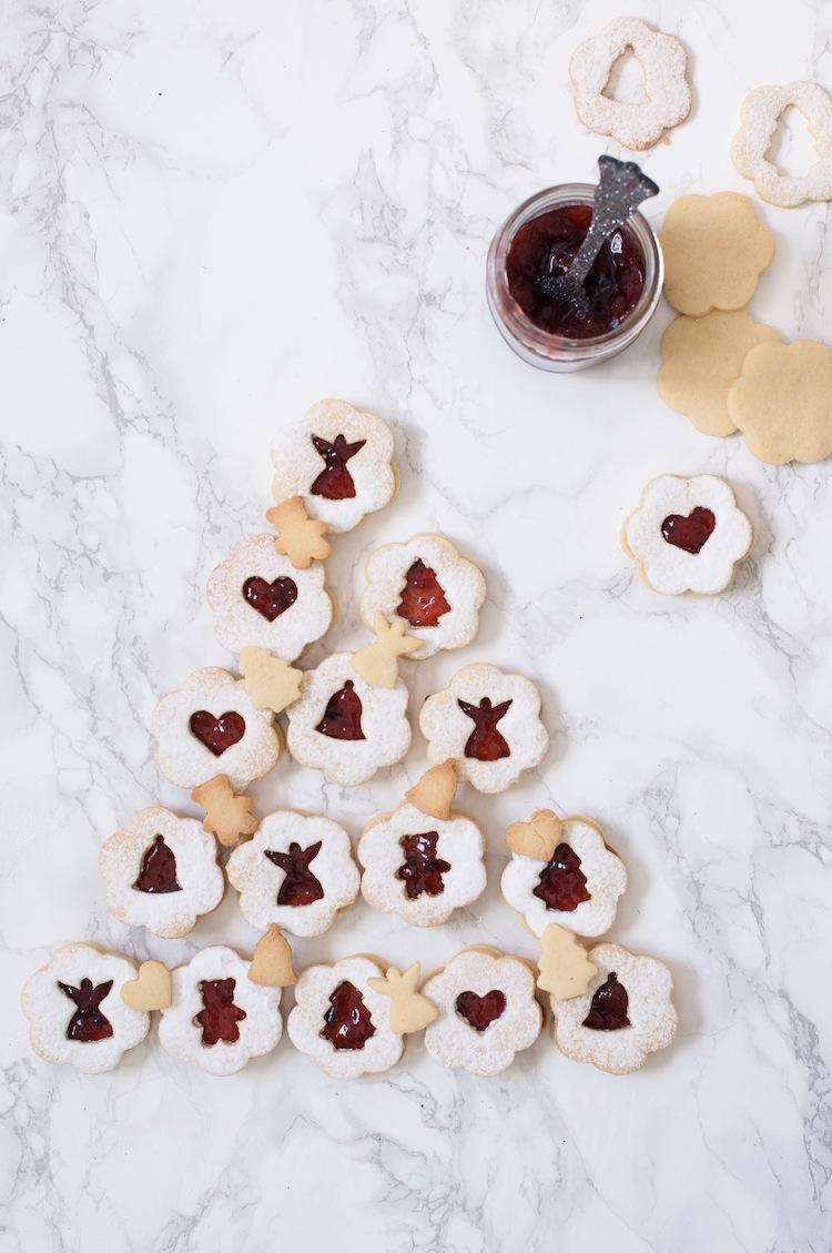 galletas linzer con confitura de frambuesas